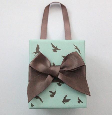 Geschenkbox mint mit Tauben