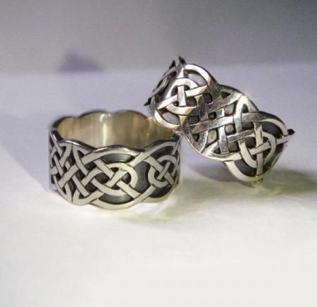 Keltische Eheringe mit Knotenmuster