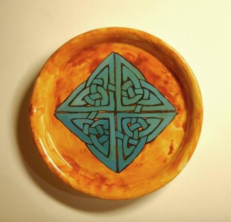 Kleiner Teller keltischer Knoten